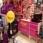Apertura de un nuevo local de la franquicia Dream Store en El Escorial