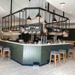 El abanderamiento de Casa García salva del cierre a dos bares tradicionales